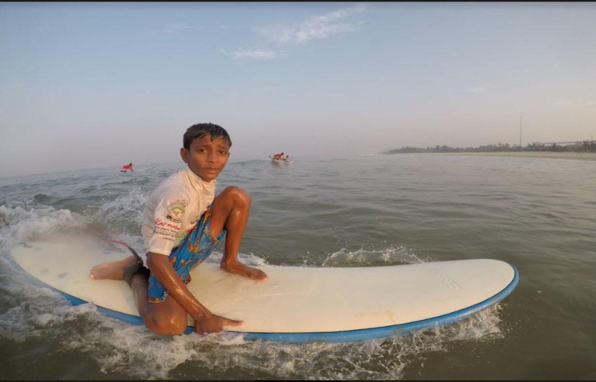 Experience Surfing near Mumbai