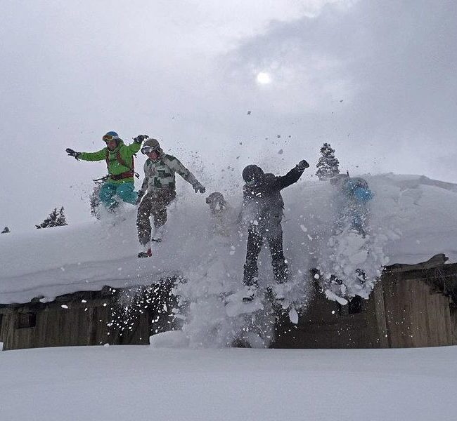 Skiing in India | Extreme Sports in India