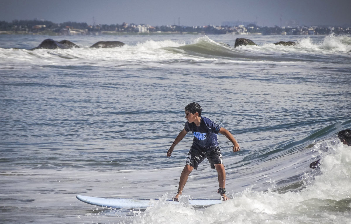 Surf lessons in Kovalam | Unique winter camp