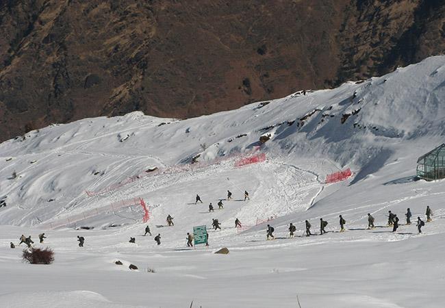 Skiing in Auli near Uttarakhand