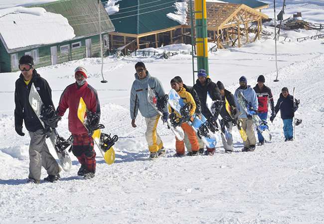 Snowboarding Competition in India
