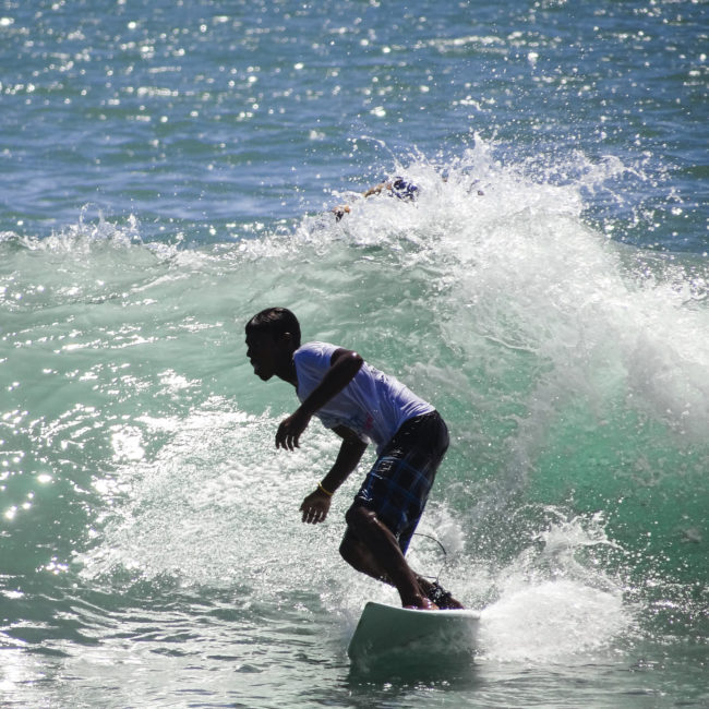 Become an amateur Surfer