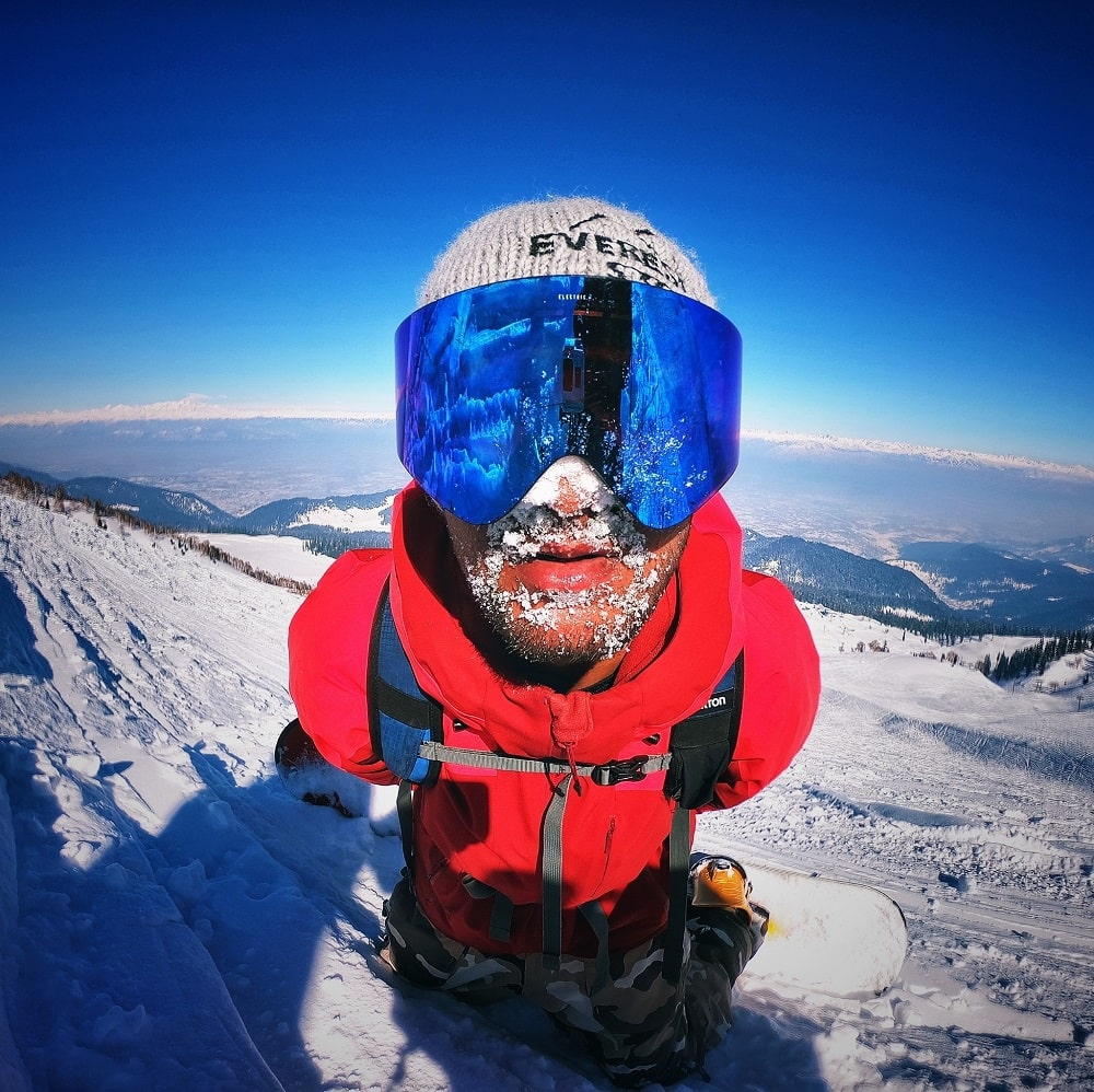 Snowboarders journey in Kashmir   Extreme Sports India