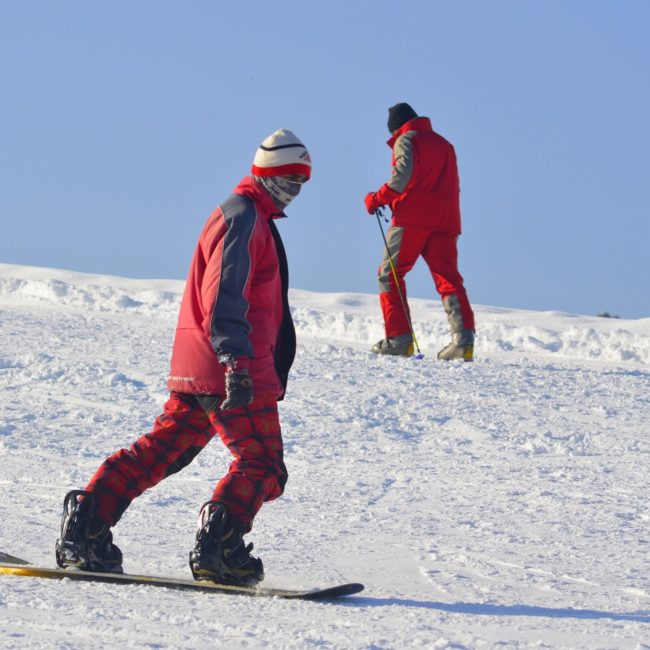 Learn snowboarding in Auli on the Himalayan Shivalik hill slopes