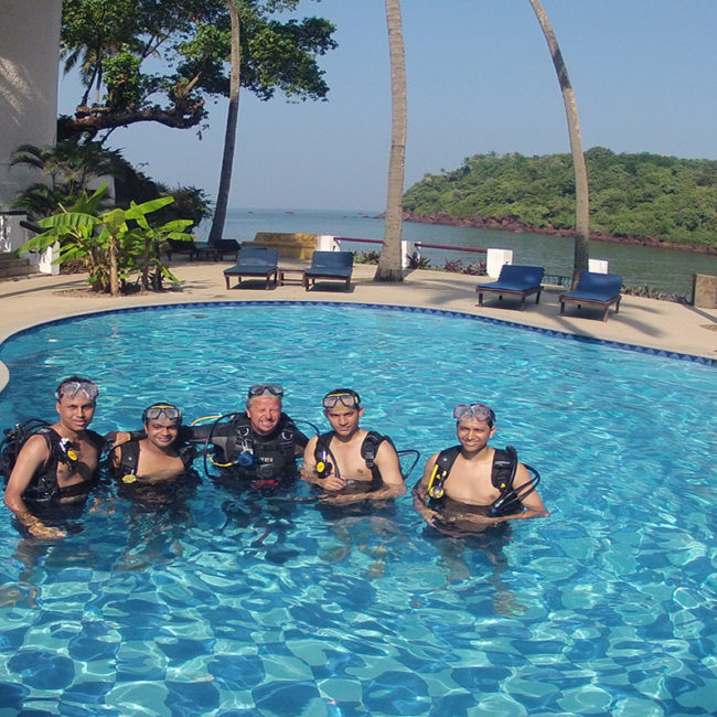 Introductory Scuba diving in Netrani