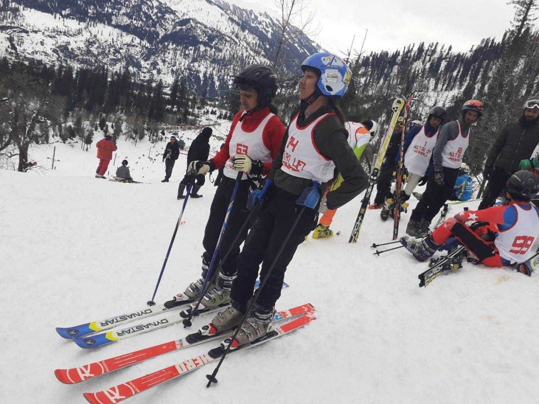 Young skiers at skiing competition at Solang, Manali